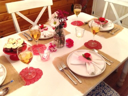 Best Ideas Decorate Dining Room Table Valentines 05
