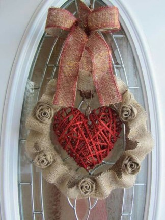 Cute Valentine Door Decoration Ideas You Should Try 28