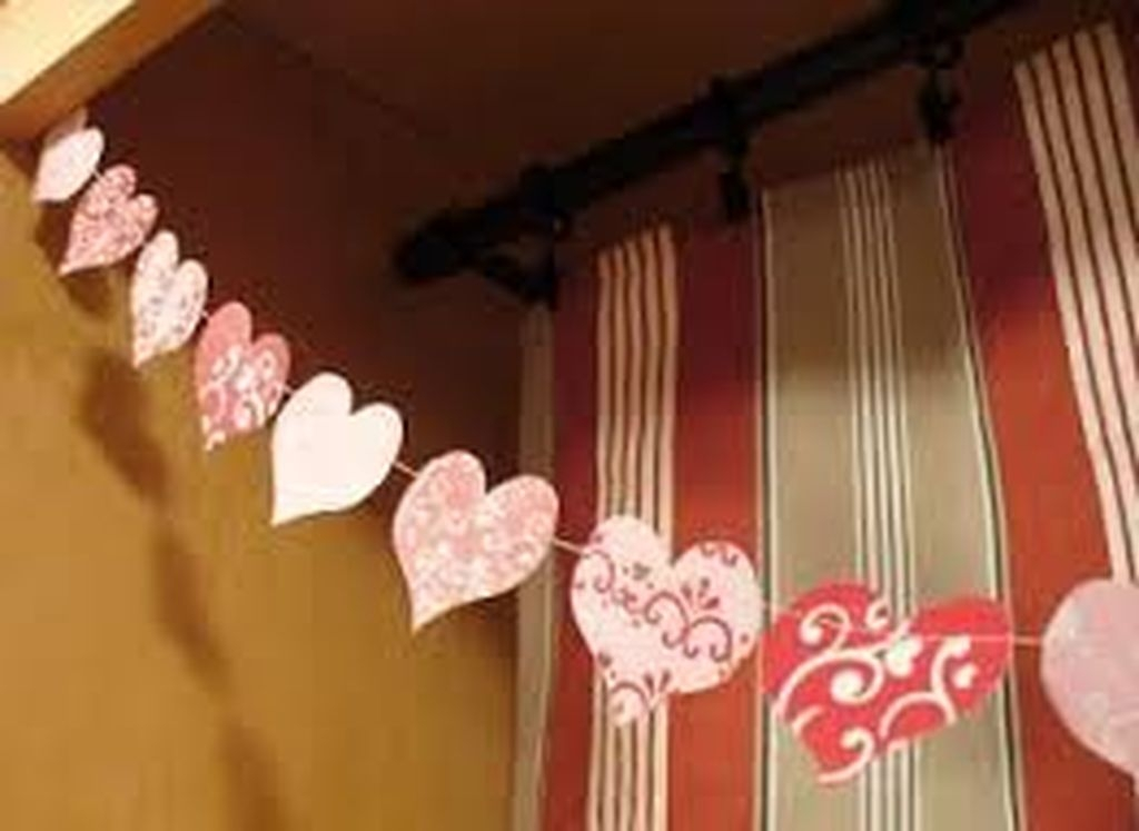 Inexpensive But Stunning Valentine Decoration Ideas 23