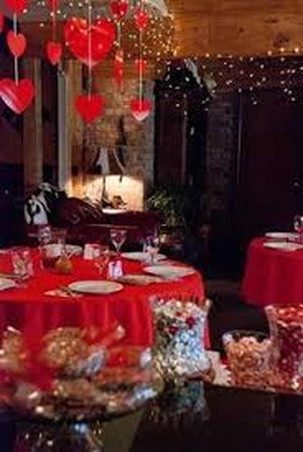 Inexpensive But Stunning Valentine Decoration Ideas 32
