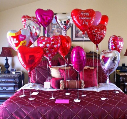 Romantic Bedroom Decorating Ideas For Valentines Day 25
