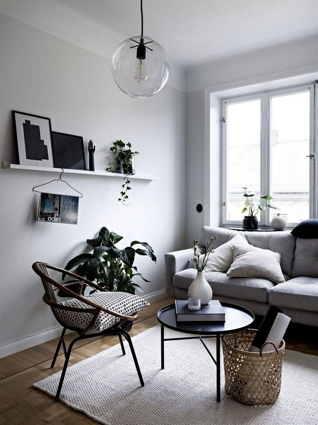 Stunning Minimalist Furniture Design Ideas For Your Apartment 13