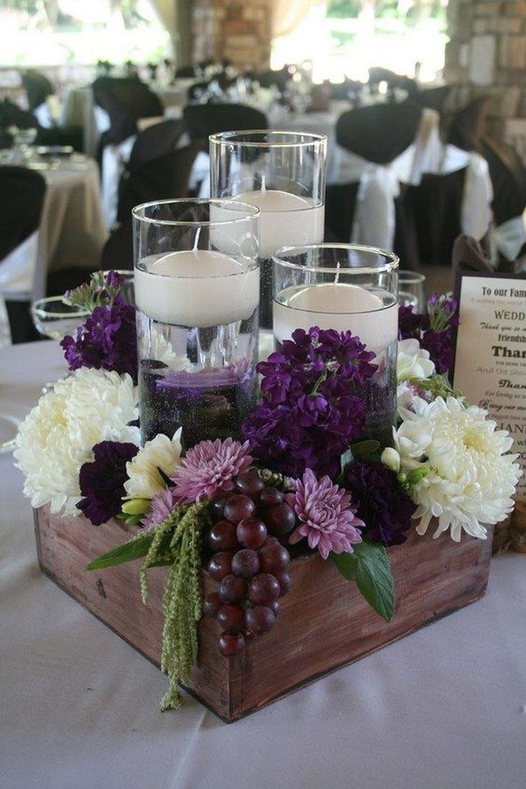 Stylish Winter Centerpiece Decoration Ideas 05