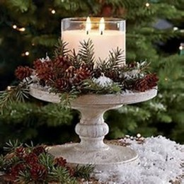Stylish Winter Centerpiece Decoration Ideas 36