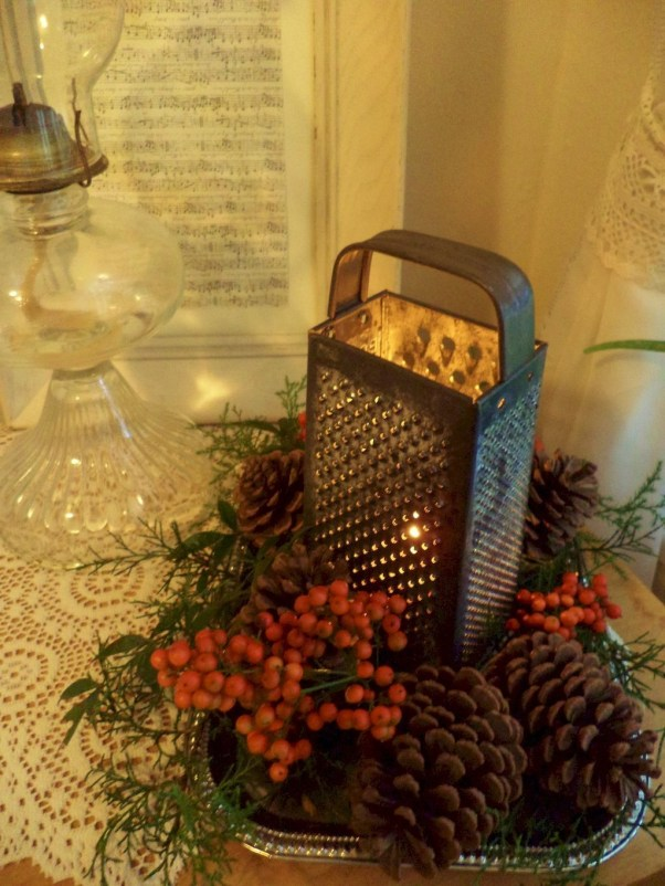 Stylish Winter Centerpiece Decoration Ideas 44
