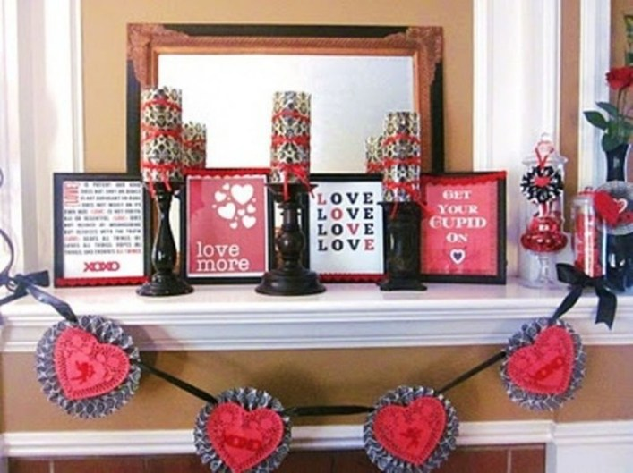 Totally Cool Valentine Mantel Decoration Ideas 07
