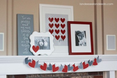 Totally Cool Valentine Mantel Decoration Ideas 20
