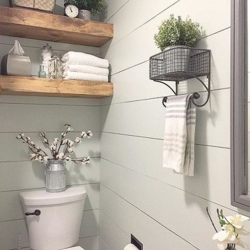 Adorable Modern Farmhouse Bathroom Remodel Ideas 09