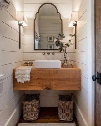 Adorable Modern Farmhouse Bathroom Remodel Ideas 24