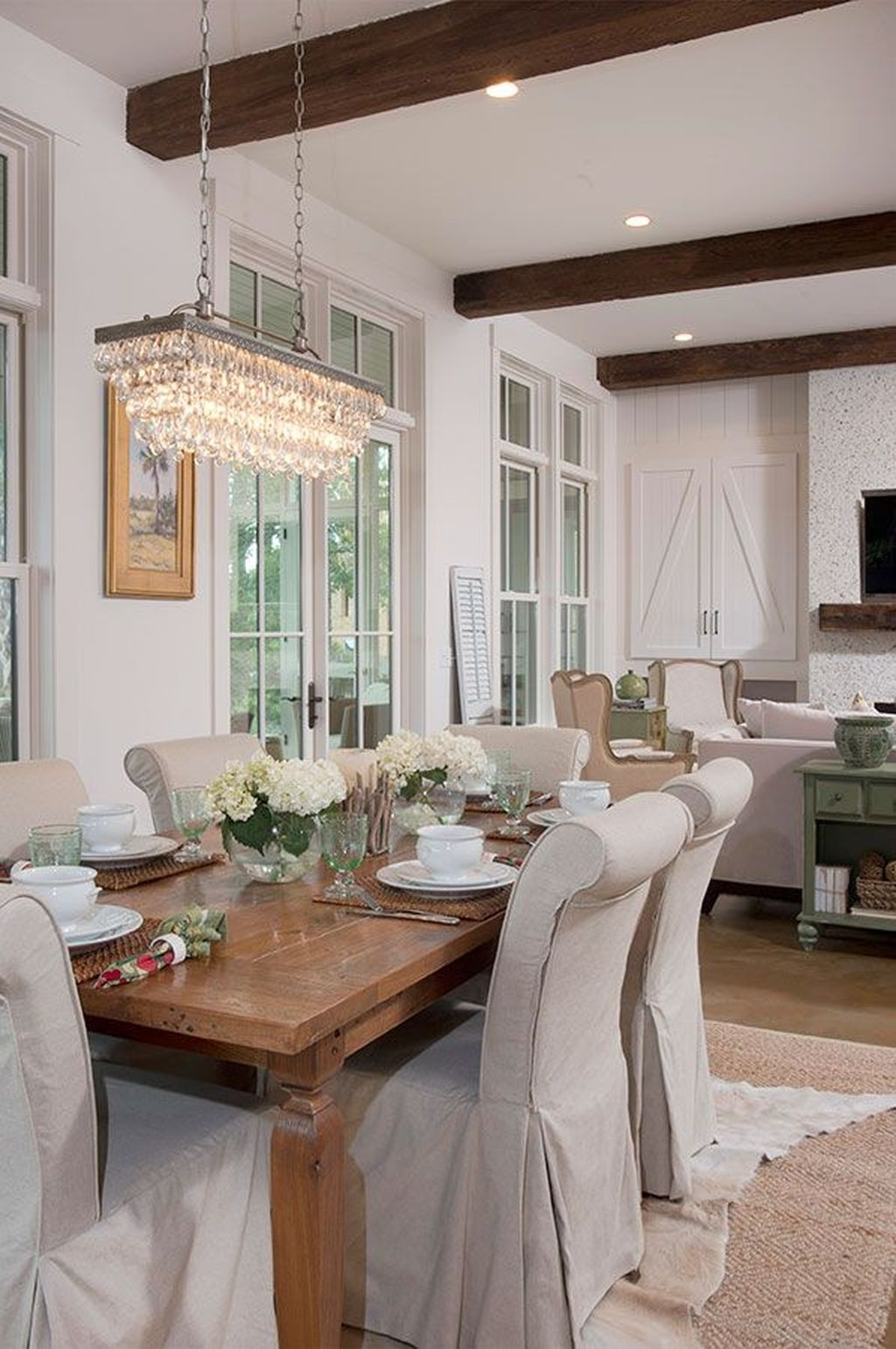 Amazing Rustic Dining Room Table Decor Ideas 02