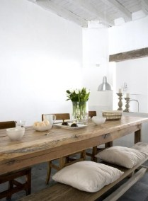 Amazing Rustic Dining Room Table Decor Ideas 37