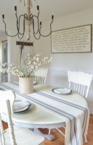 Amazing Rustic Dining Room Table Decor Ideas 40