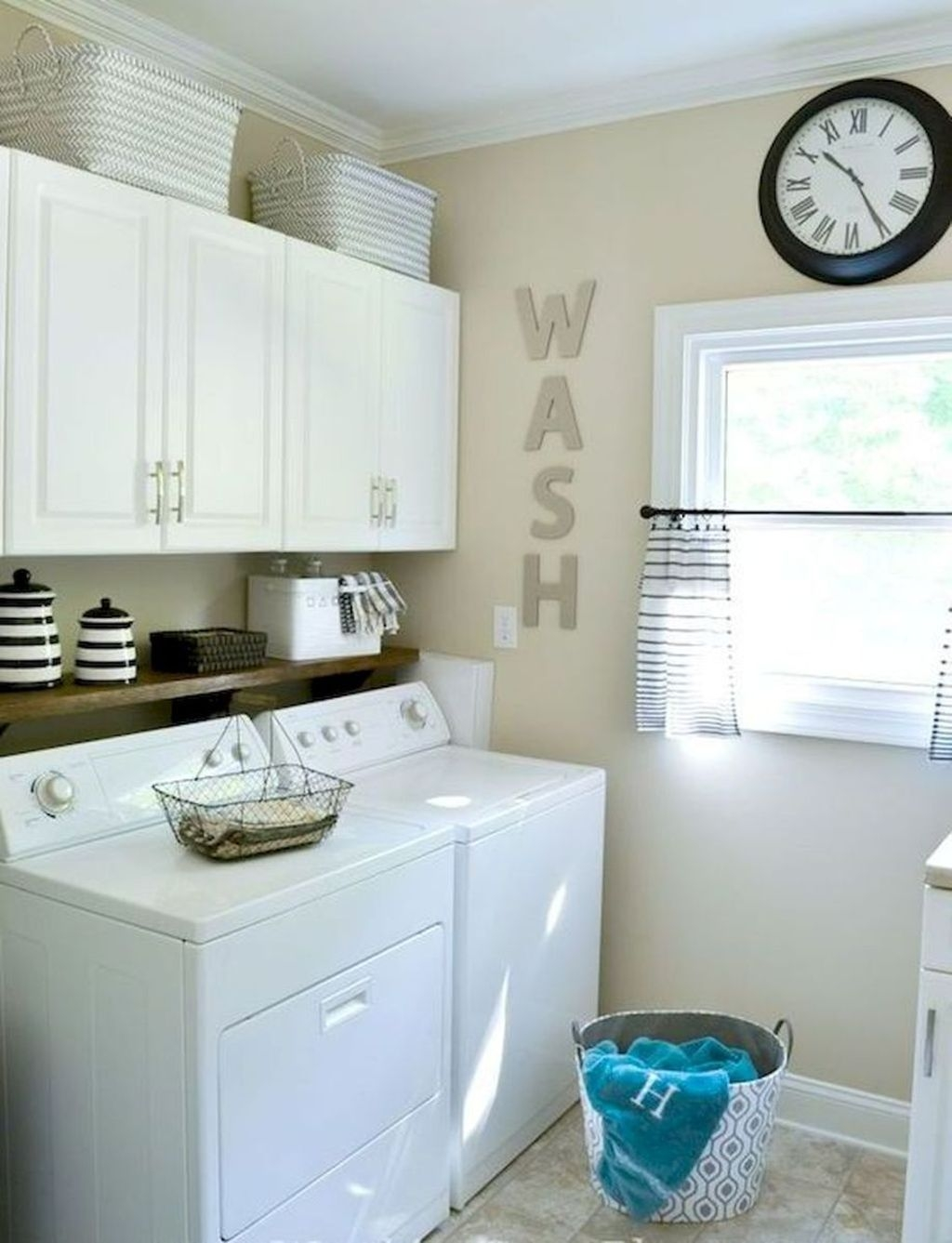 Awesome Laundry Room Storage Organization Ideas 46