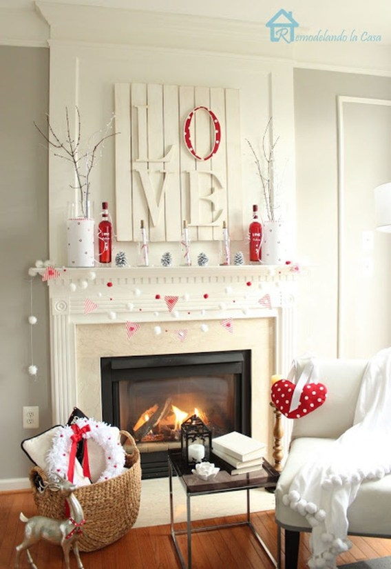 Best Valentines Fire Pit Mantel Decorating Ideas 06