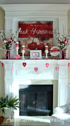 Best Valentines Fire Pit Mantel Decorating Ideas 15