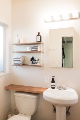 Brilliant Small Bathroom Storage Organization Ideas 42