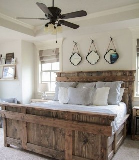 Cool Small Master Bedroom Decorating Ideas 04