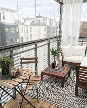 Cozy Apartment Balcony Decorating Ideas 24