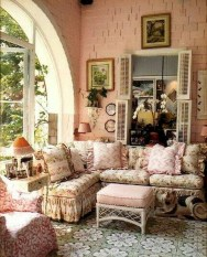 Cute Shabby Chic Farmhouse Living Room Design Ideas 04