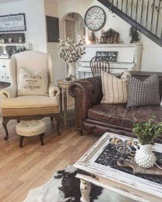 Cute Shabby Chic Farmhouse Living Room Design Ideas 20