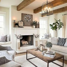 Cute Shabby Chic Farmhouse Living Room Design Ideas 28