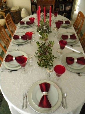Inspiring Table Decoration Ideas For Valentines Party 31