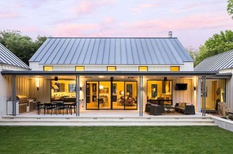 Modern Farmhouse Exterior Designs Ideas 29