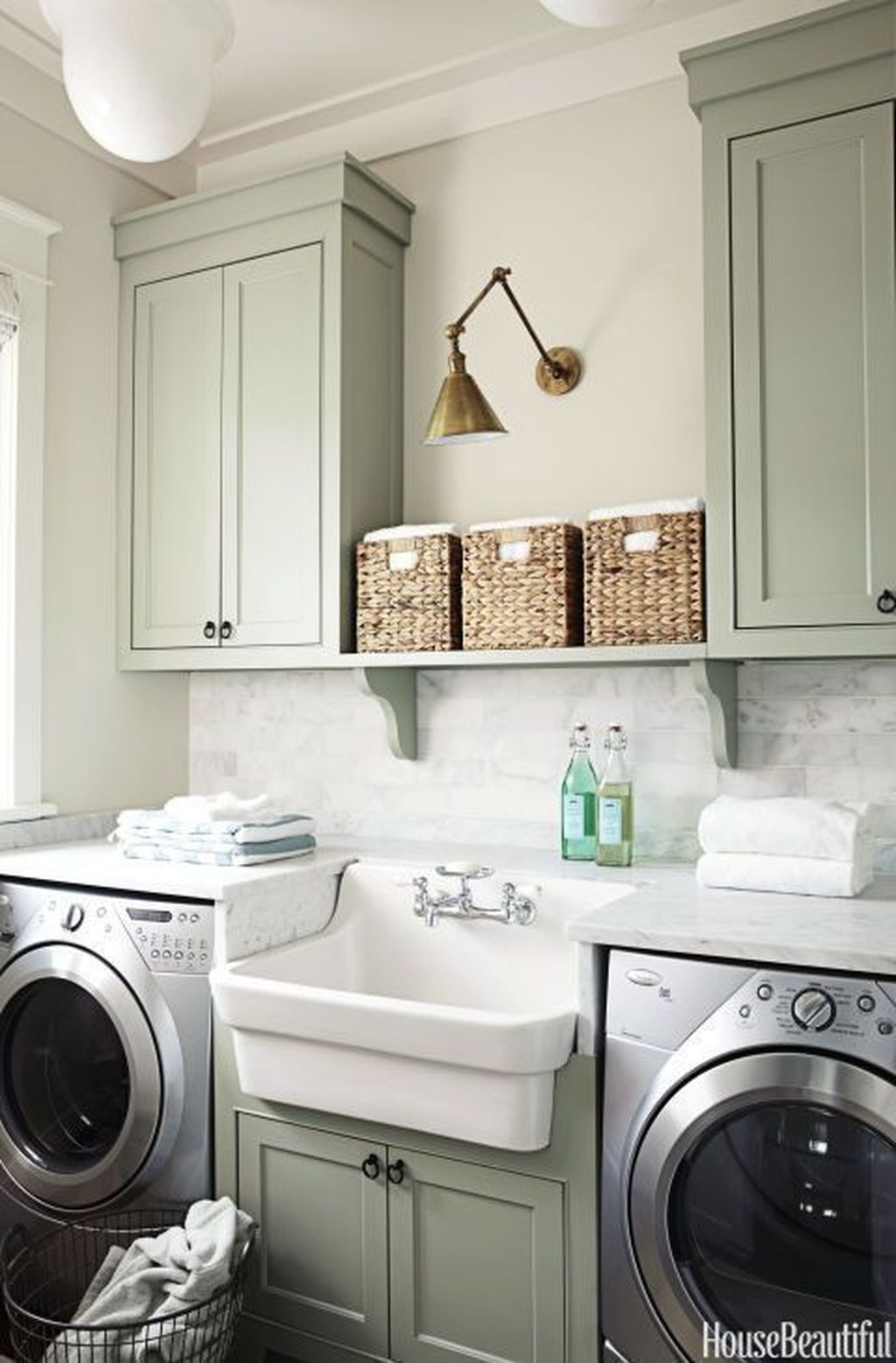 Totally Inspiring Small Functional Laundry Room Ideas 16