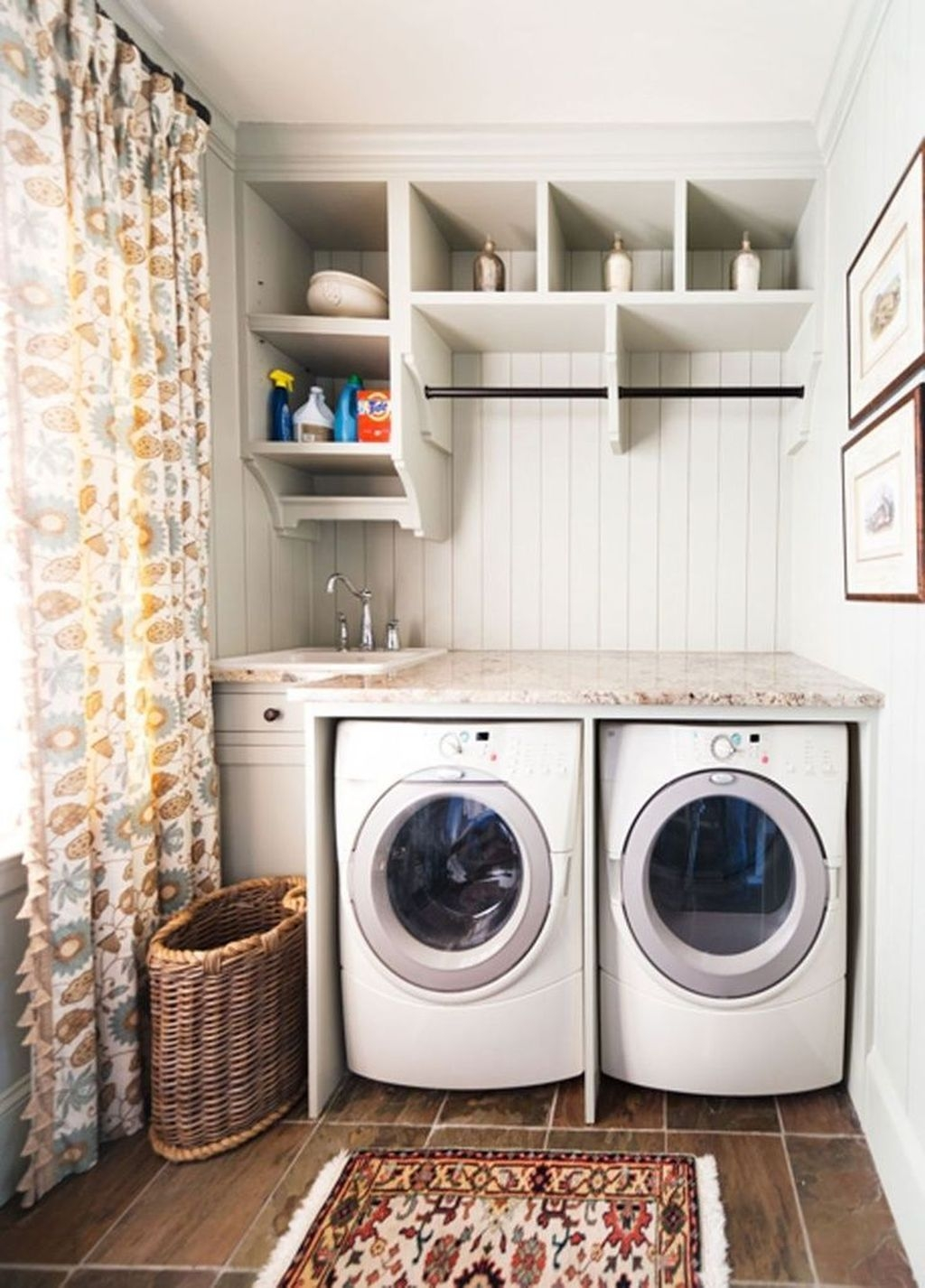 Totally Inspiring Small Functional Laundry Room Ideas 21
