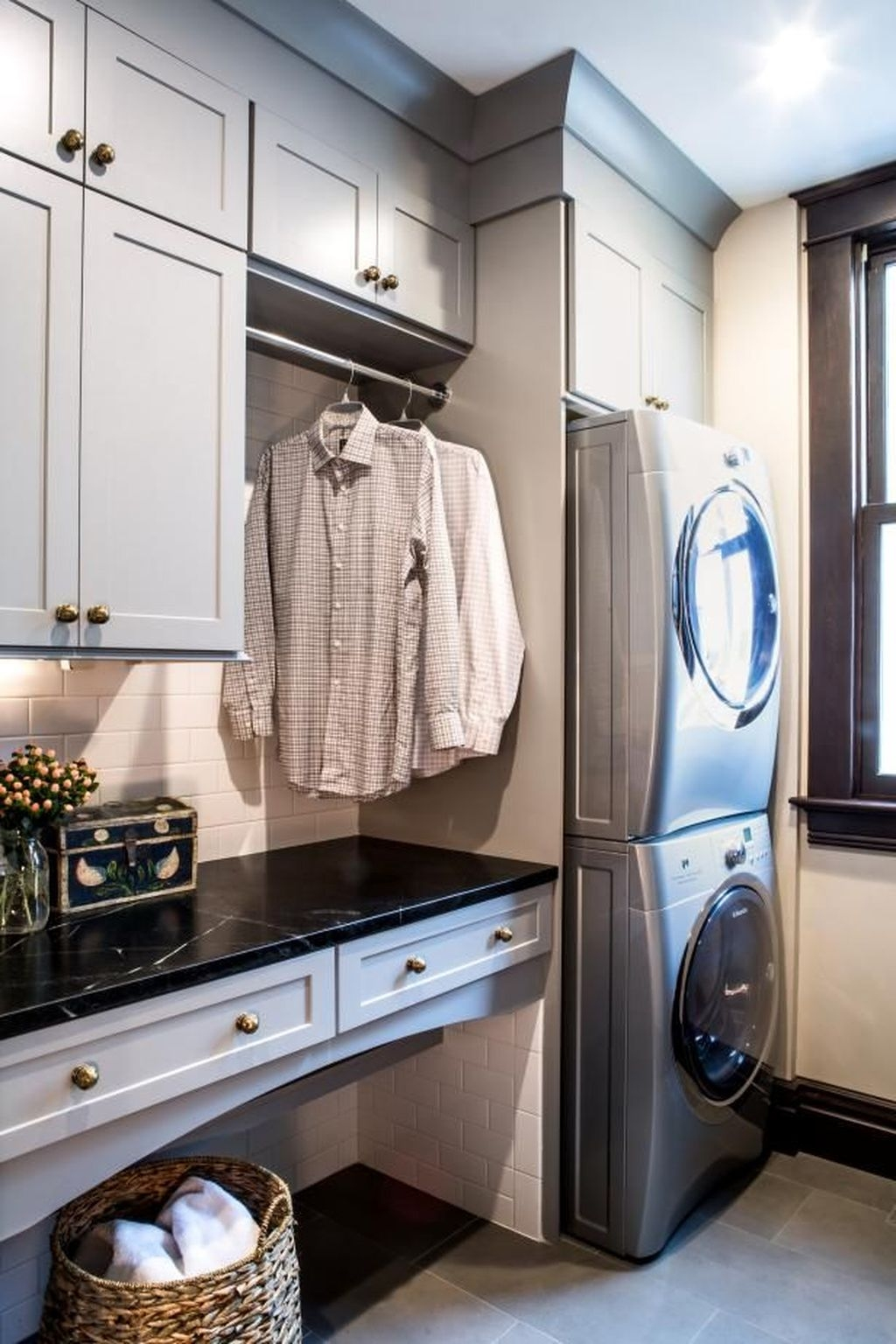 Totally Inspiring Small Functional Laundry Room Ideas 26