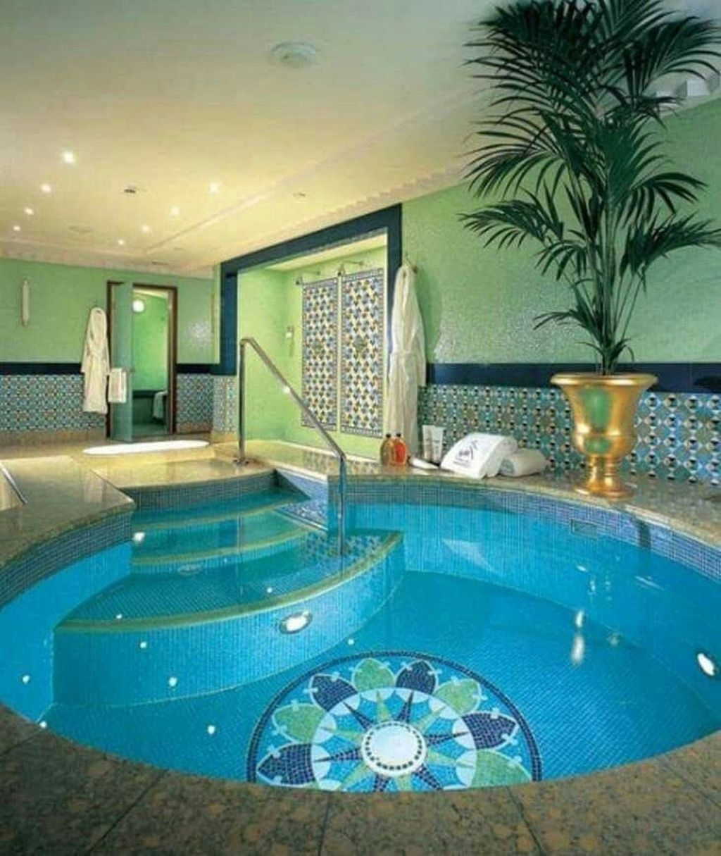 Adorable Small Indoor Swimming Pool Design Ideas 44
