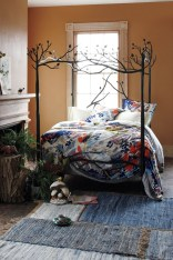 Awesome Canopy Bed With Sparkling Lights Decor Ideas 07