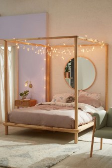 Awesome Canopy Bed With Sparkling Lights Decor Ideas 12