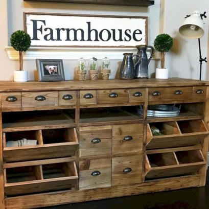 Cute Rustic Farmhouse Home Decoration Ideas 06
