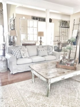 Cute Rustic Farmhouse Home Decoration Ideas 15