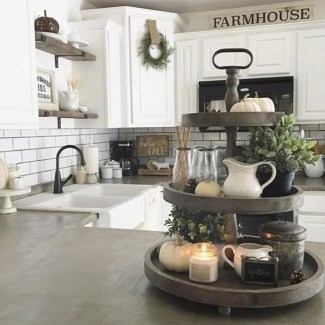 Cute Rustic Farmhouse Home Decoration Ideas 35