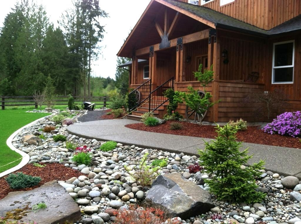 Gorgeous Front Yard Landscaping Remodel Ideas 01