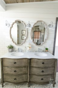 Modern Farmhouse Bathroom Vanity Design Ideas 19
