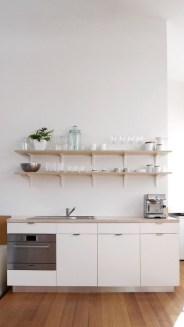 Simple Minimalist Small White Kitchen Design Ideas 30