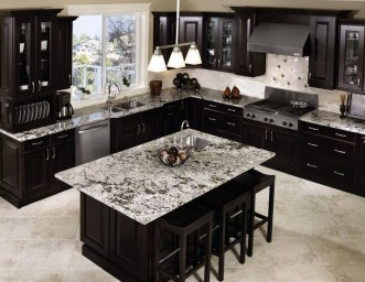 Stunning Luxury Black Kitchen Design Ideas 13