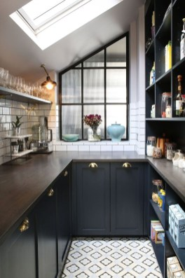 Stunning Luxury Black Kitchen Design Ideas 16