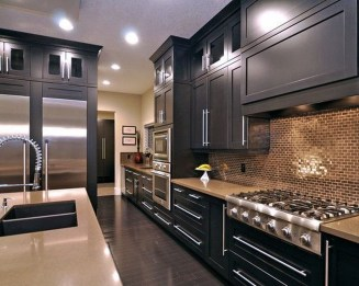 Stunning Luxury Black Kitchen Design Ideas 19