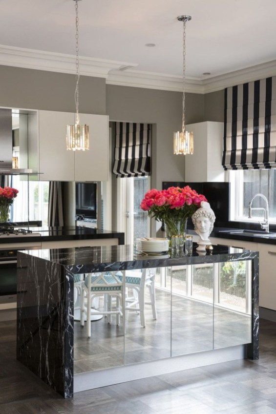 Stunning Luxury Black Kitchen Design Ideas 49