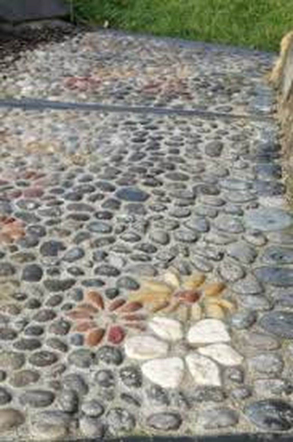 Stylish Stepping Stone Pathway Décor Ideas 20