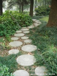 Stylish Stepping Stone Pathway Décor Ideas 40