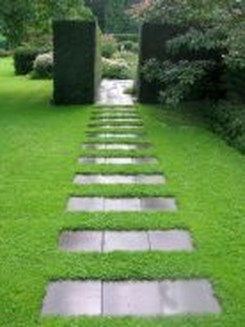 Stylish Stepping Stone Pathway Décor Ideas 52