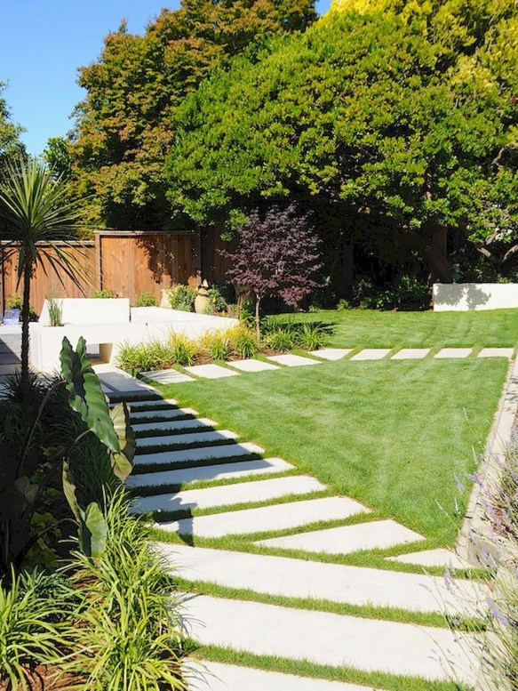Totally Inspiring Front Yard Fence Remodel Ideas 06