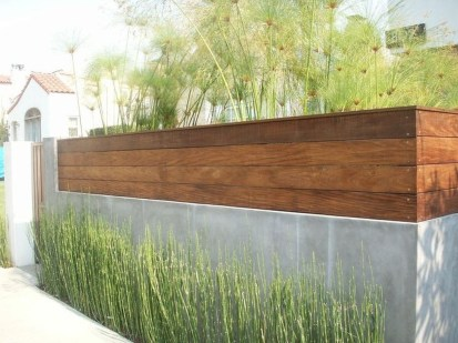 Totally Inspiring Front Yard Fence Remodel Ideas 19