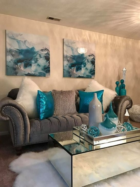 Adorable Decorative Accent Pillows Ideas For Living Room 41
