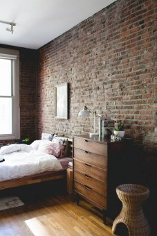 Adorable Exposed Brick Walls Bedrooms Design Ideas 15